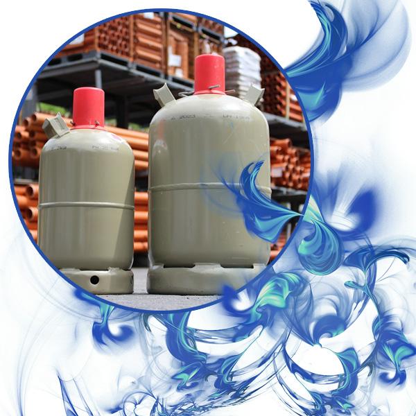 Bild von 2 Gasflaschen, umrahmt von blauen Flammen