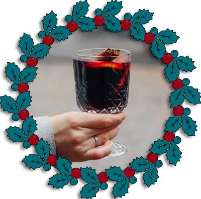 roter Glühwein im Glas