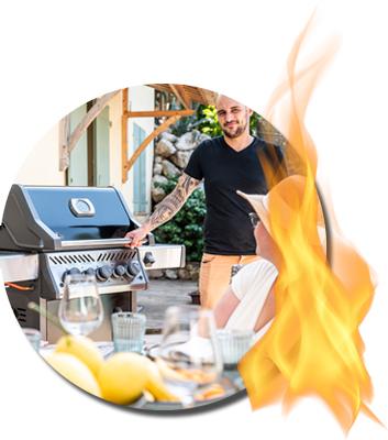 Grillmeister schließen den Deckel beim Grillen