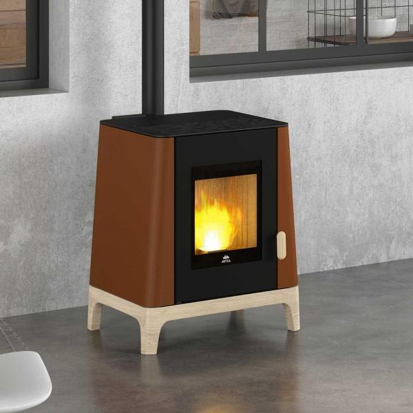 Pelletofen Jotul PF extra im kleinen Tinyhaus-Design