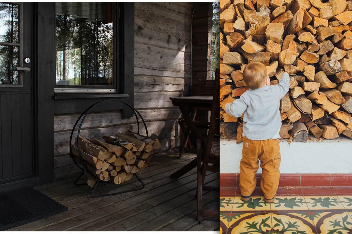 Kind greift zum gelagerten Holz