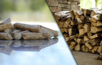 Holzscheite und Pellets