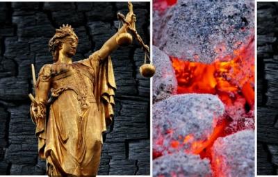 Collage aus Justizia, glühenden Briketts und schwarzer Holzkohle