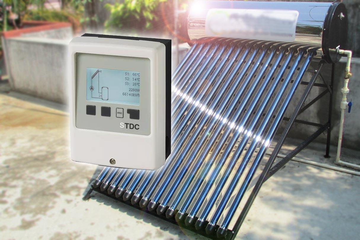 Solarthermie auf Dach und Solarregler