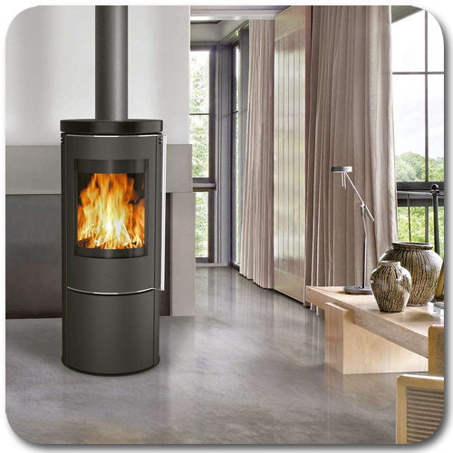 Ambientebild mit dem Kaminofen Orando Keramik von Fireplace