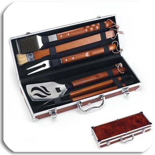 Grillbesteck für Pulled Pork bei ofen.de