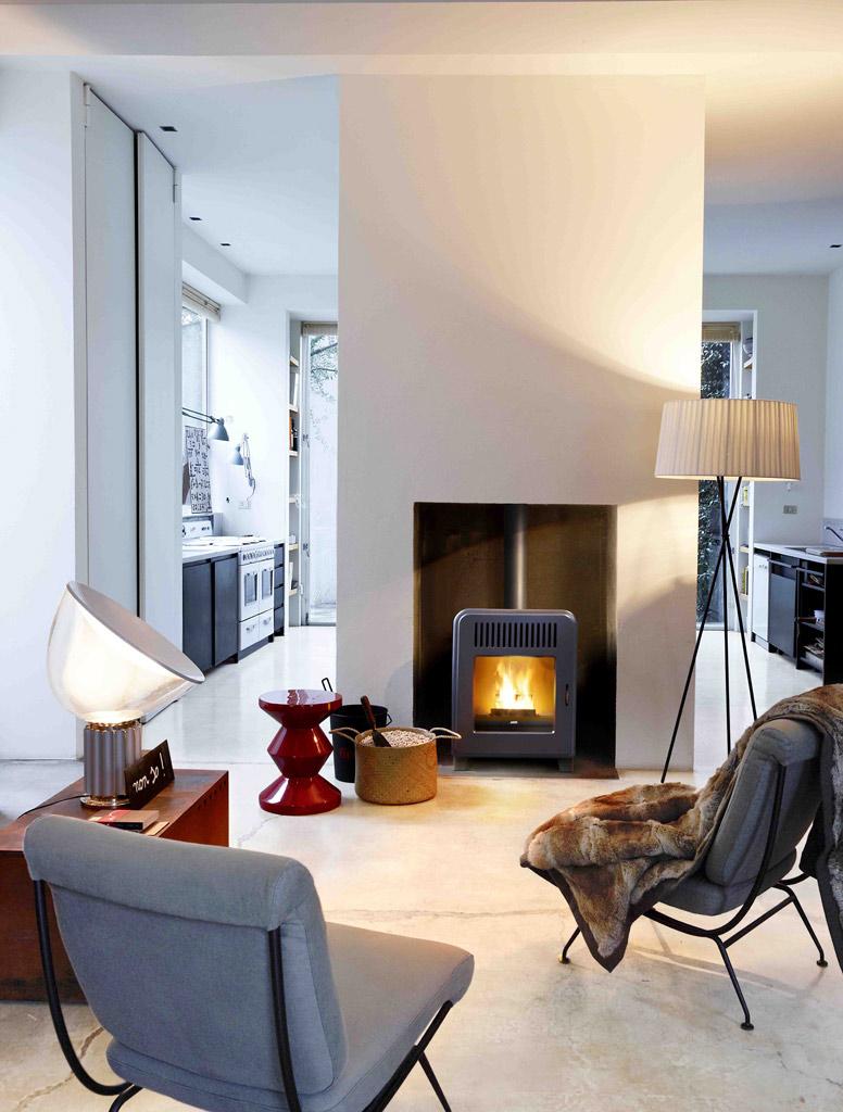 wie kann ich einen raumluftunabh ngigen kaminofen ohne. Black Bedroom Furniture Sets. Home Design Ideas