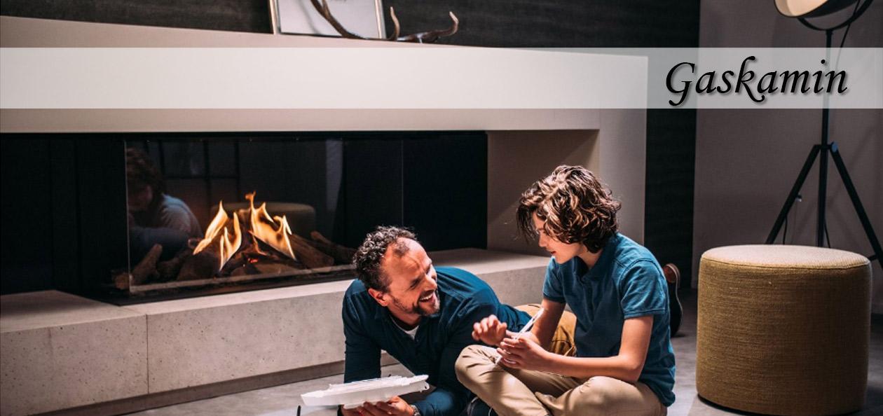 familiäres Ambiente vor einem Faber Gaskamin