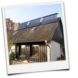 Solarthermiekollektoren auf dem Dach